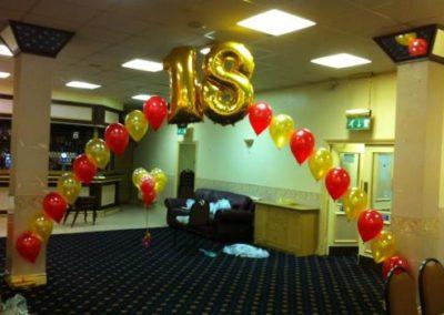 18-balloon-arch