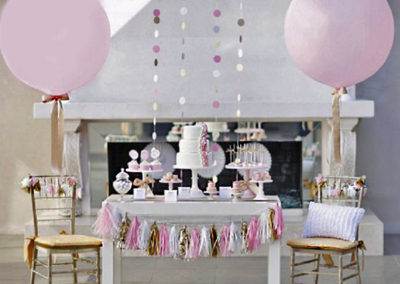 dessert-table-with-balloons