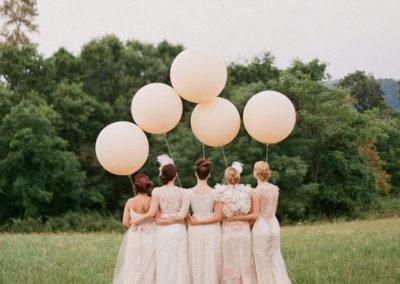 large_round_wedding_balloons_1024x1024