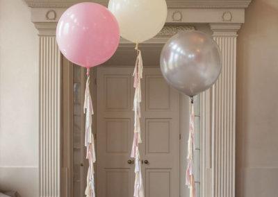 original_the-elegance-giant-tassel-tail-balloon